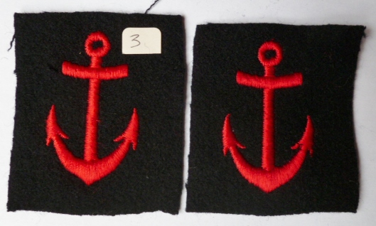 2 ANCRES UNIFORME MARINE NATIONALE FRANCE N°3